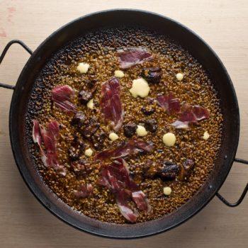 meat-paella-barceloneta-mana-75