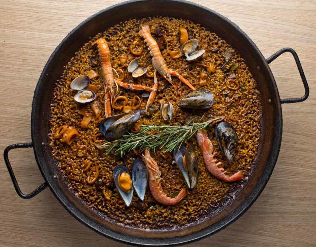 best-paella-in-barceloneta-Mana-75-web